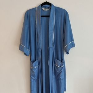 Vintage Robe/Dressing Gown